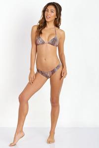 Leila Thomas In Sexy Bikini Collection 02