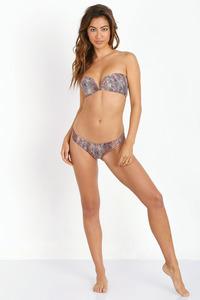 Leila Thomas In Sexy Bikini Collection 08