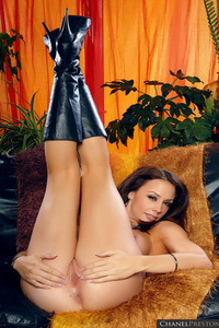 Chanel Preston Sexy Brunette Babe 02