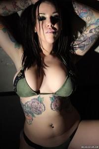Emily Parker Tattoed Busty Babe 00