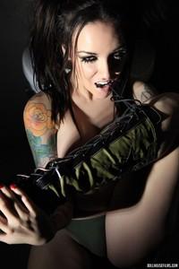 Emily Parker Tattoed Busty Babe 02