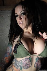 Emily Parker Tattoed Busty Babe 09