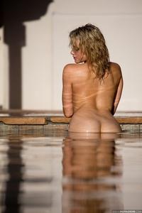 Lovely Blonde Mia Malkova Drops Her Blue Bikini In The Pool 00