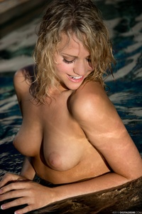 Lovely Blonde Mia Malkova Drops Her Blue Bikini In The Pool 12