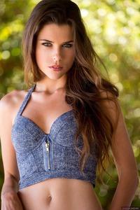 Sexy And Beauty Valeria Alexa 02