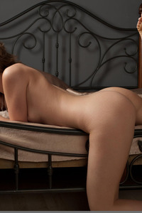 Terry A Poses Naked In Erotic Art Pictures 08
