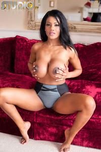 Sophia Lares Rouge 12
