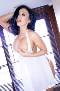 Caty Cole Big Tits Babe 06