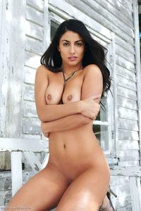 Nadia Nude  14
