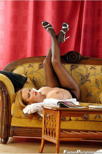 Peaches In A Hot Black Pantyhose 01