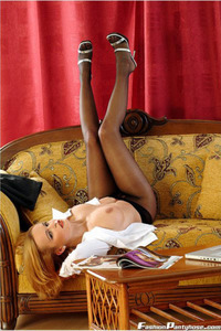 Peaches In A Hot Black Pantyhose 02