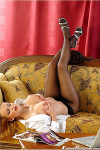 Peaches In A Hot Black Pantyhose 03