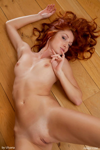 Redhead Foxy T Threw Down Her Jeans Short 17