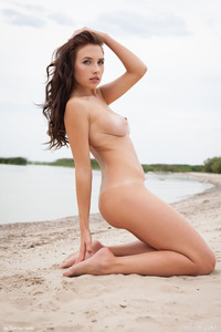 Brunette Model Niemira Getting Nude On The Beach 16