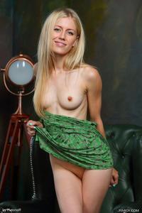 Blonde Teen Dori K Posing Nude 01