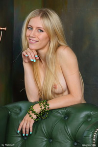 Blonde Teen Dori K Posing Nude 16