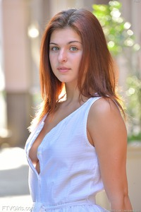 Brunette Fiona Shows Her Pussy Public 03