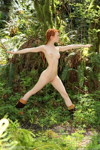 Dolly II Naked Teen Girl In The Nature 02