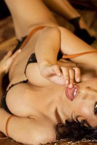 Lana Lopez Bare Beige 01