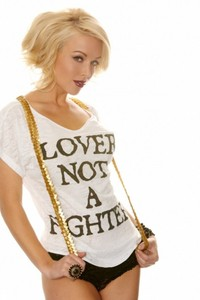 Amazing Babe Kayden Kross Lover Not A Fighter 14