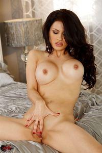 Amazing Breasted Latina Babe Vanessa Veracruz Nude 03