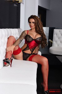 Gemma Massey Shines In Black-red 02