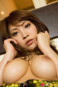 Sakura Kokomi Sweet Brunette Babe 01