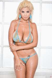 Busty Bridgette Strips Off Her Sexy Blue Bikini 01