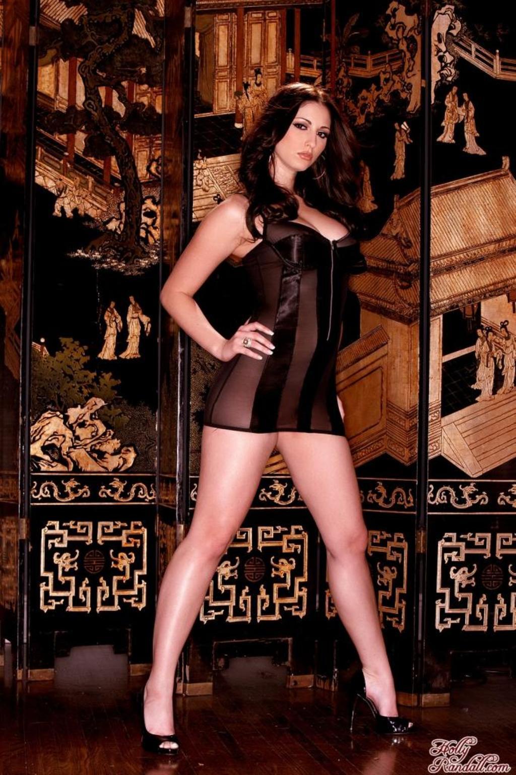 Carlotta Champagne Hot Nude Babe 00