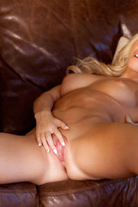 Nikki Lee Young Fever 03
