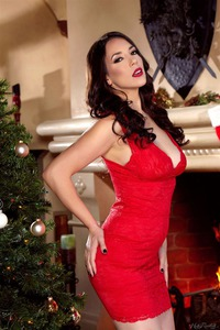 Jelena Jensen Wishes Merry Christmas With Her Sweet Pussy 05