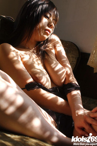 Natsumi Mitsu Sexy Legs 05