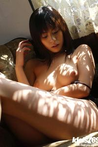 Natsumi Mitsu Sexy Legs 08