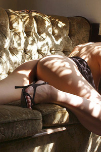 Natsumi Mitsu Sexy Legs 14