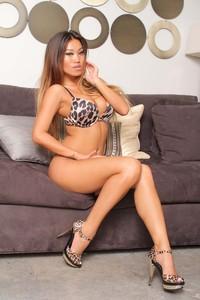 Jada Cheng Bikini And Heels 09