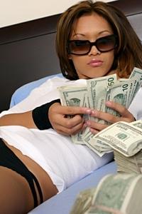Kyra McKinsey Power Of Money 07