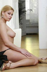 Adriana The Heat Is On 06