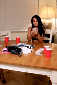 Strip Poker 01