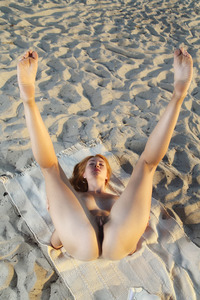 Kika Posing Naked At Beach 02