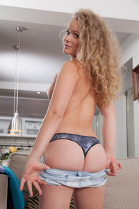 Curly Haired Babe Mikana Threw Off All Her Clothes 03