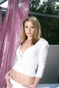 Blond Beauty Samantha Ryan Nude Gallery 05