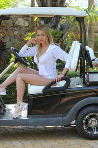 Isabella D Golfing Nude 00