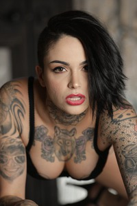 Tomboy's And Tattoos: Leigh Raven 03