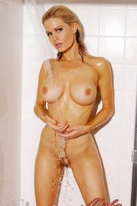 Busty Neriah Davis Taking A Shower 01