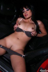 Sweet Asian Babe Luana Lani Gets Nude In A Car 10