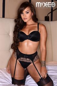 Bella Potente And Damaris Lopez 16