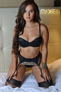 Bella Potente And Damaris Lopez 19