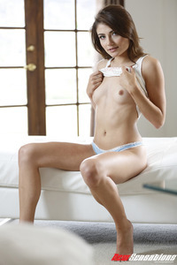 Brunette Babe Adria Rae Makes Hot Stripping Show 02