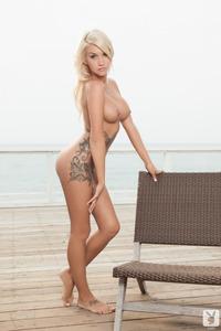Taylor Seinturier Likes Sunbath 05
