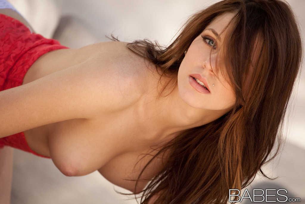 Kiera Winters Has Perfect  Beauty Body  12